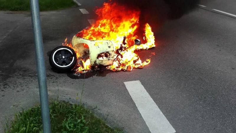restauro scooter d'epoca